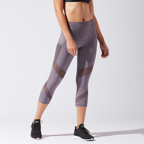 essential fitness gear: compression crops