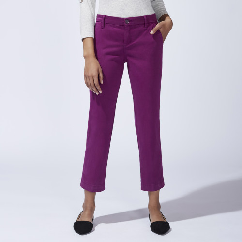 Fashion in Your 50s: Colorful Chino