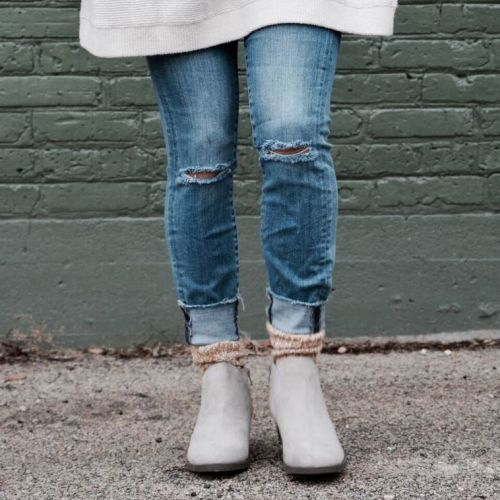 socks with boots: boyfriend jeans