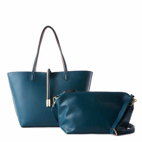 spring fashion trends: oversized bags