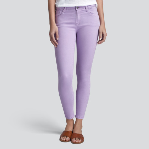 spring fashion trends: colored denim